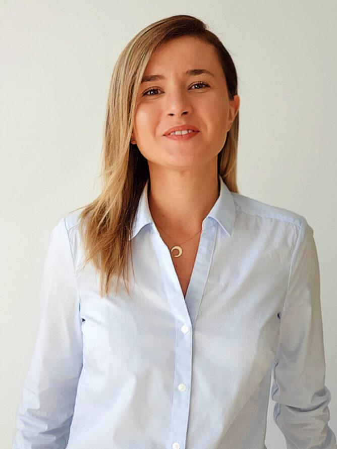 Dr. Teodora Predescu, Dermatologie si Estetica medicala